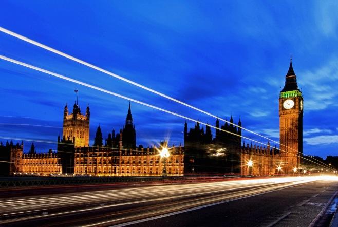 Parlamento 1 edit Crop NIk MAc